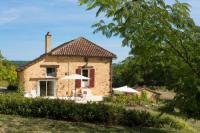 gite Lamanon Rognes Villa Sleeps 6 Pool WiFi