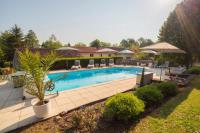 gite Tusson Saint-Front-la-Riviere Villa Sleeps 8 Pool WiFi