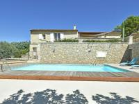 gite Alleins Celebrity style Villa in Roussillon with private pool and garden with views