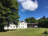 gite Manlay Château du Pommoy
