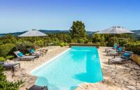 gite Lambesc Roussillon Villa Sleeps 8