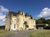 gite Izon Château Le Petit Verdus