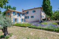 gite Mallemort Saignon Villa Sleeps 12 Pool WiFi