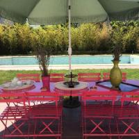 Gîte Indre et Loire Gîte Villa avec piscine et jardin à St Cyr Sur Loire. 92451