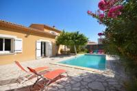 gite Châteaurenard Villa with 3 bedrooms in SaintDidier with private pool enclosed garden and WiFi 60 km from the slopes