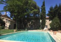 Location de vacances Saint Étienne du Grès Accent Immobilier Joli Mas wifi piscine