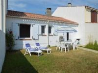 Villa Saint Gilles Croix de Vie House Maison 2 chambres à 400m de la plage de boisvinet.