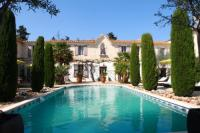 gite Arles Villa with 5 bedrooms in SaintGilles with private pool furnished garden and WiFi