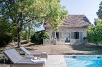 gite Lavergne Saint-Julien-d'Eymet Villa Sleeps 9 Pool WiFi