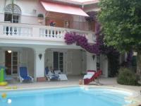gite Cannes beautiful villa with direct accessthe beach