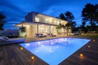 gite Sainte Maxime Villa Eden for 12 people