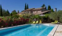 gite Arles Maison de campagne au charme provençal