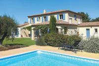 gite Graveson Saint-Remy-de-Provence Villa Sleeps 8 Air Con WiFi