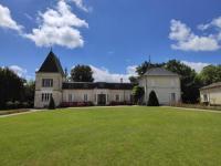 Gîte Picardie Gîte Magnifique Château proche de Saint-Émilion
