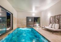 gite Aigaliers Villa Célestine 10pers. piscine intérieure chauffée