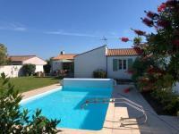 gite Saint Pierre d'Oléron Villa avec piscine La Noue-Sainte Marie de Ré