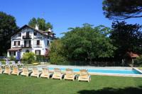 gite Dax Soustons Villa Sleeps 16 Pool Air Con WiFi
