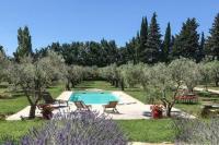 gite Arles villa au coeur de la provence
