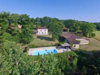 gite Floressas Touffailles Villa Sleeps 8 Pool WiFi