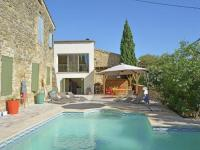Gîte Gard Gîte Quaint villa in Castelnau-Valence with private pool