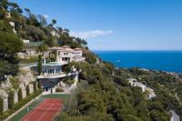 Gîte Alpes Maritimes Gîte Sublime Villa Vue mer panoramique, piscine,tennis,wifi