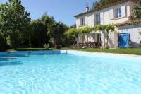 Gîte PACA Gîte Villa with 3 bedrooms in Villelaure with private pool and WiFi