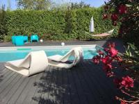 Gîte PACA Gîte villa avec piscine en Provence dans un camping 5 étoiles