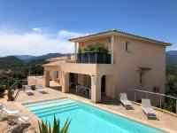 Gîte Corse Gîte VILLA CARAMONTINU à Pinarello, proche plage, vue mer, piscine chauffée