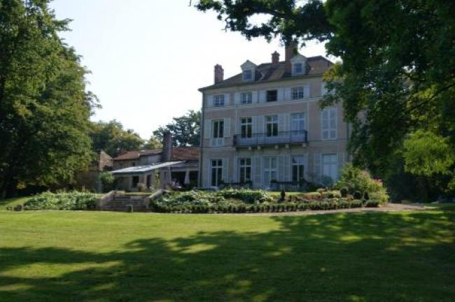 Le Chateau De La Vierge-Le-Chateau-De-La-Vierge