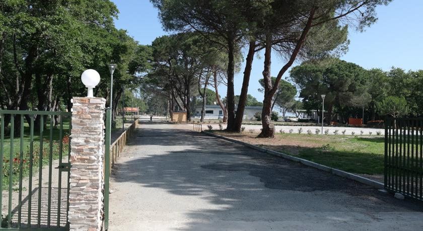 Village Center Domaine D'Anghione-Domaine-d-Anghione