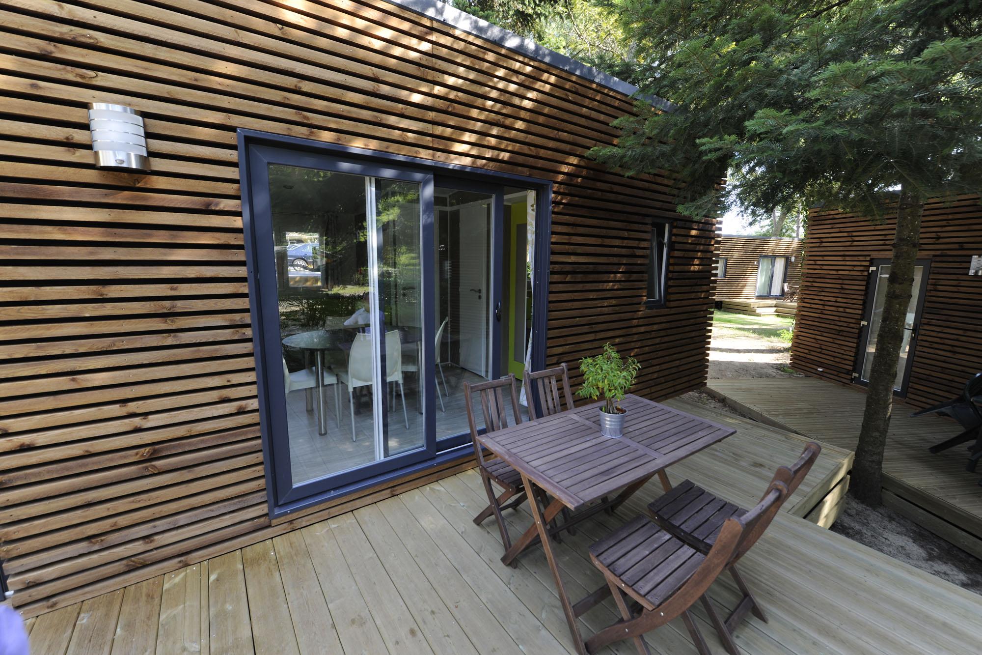 Camping Les Deux Étangs-Mobil-Home-Village-Vacances-Les-Deux-Etangs