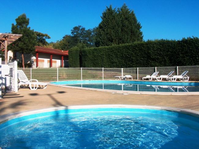 les jardins de l'Adour-la-piscine