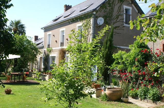 CHAMBRES D'HOTES AU BOUT DE L'iLE-maison-d-hotes-cote-sud
