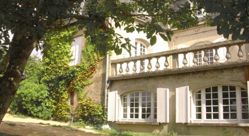 Chambres d'Hôtes Les Tilleuls-Chambres-d-Hotes-Les-Tilleuls