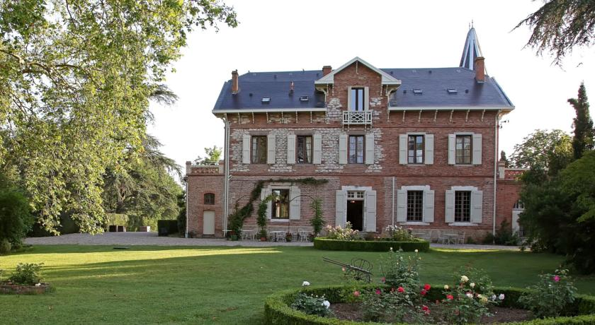 Chambres d'Hôtes Domaine du Buc-Chambres-d-Hotes-Domaine-du-Buc