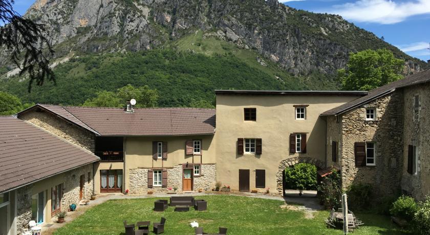 Maison d'Hôtes du Domaine Fournié-Maison-d-Hotes-du-Domaine-Fournie