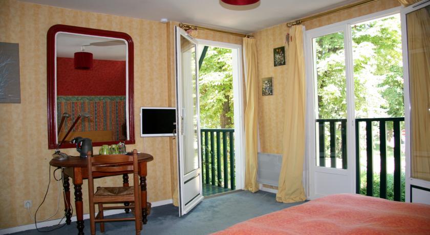 Chambres d'hotes Les Hibiscus-Chambres-d-hotes-Les-Hibiscus