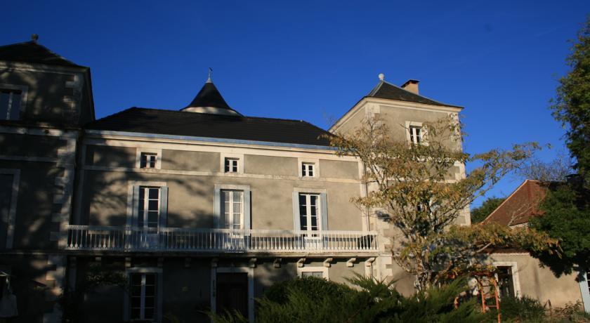 Château La Barge - Chambres d'Hôtes-Chateau-La-Barge-Chambres-d-Hotes