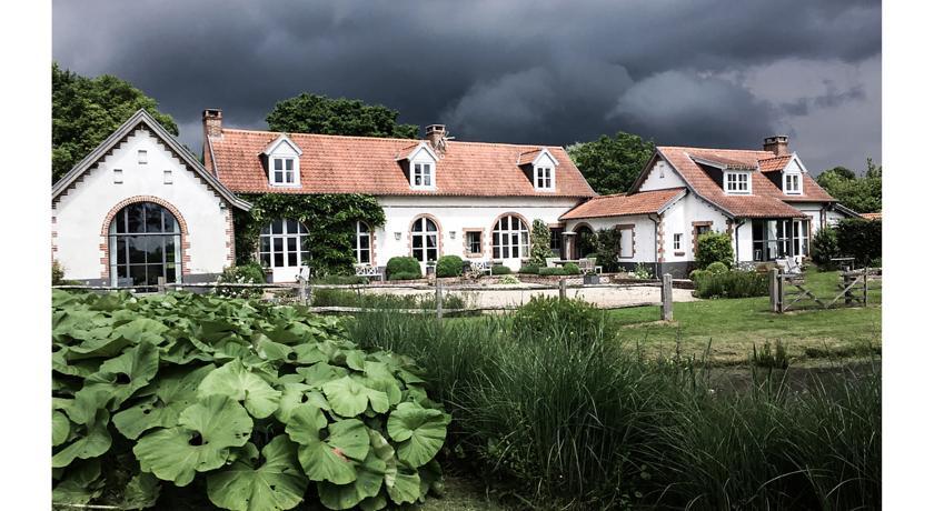 Le Pré Rainette, Chambres d'Hôtes de Charme-Le-Pre-Rainette-Chambres-d-Hotes-de-Charme