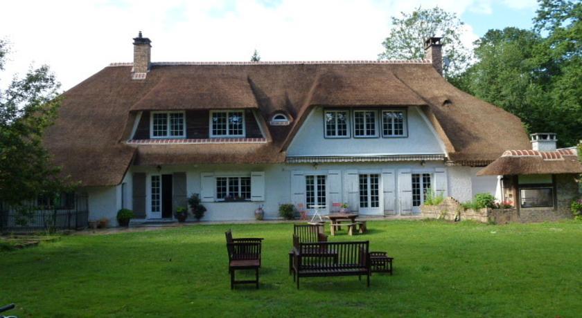 Maison d'Hôtes La Chaumière de Sucy-Maison-d-Hotes-La-Chaumiere-de-Sucy