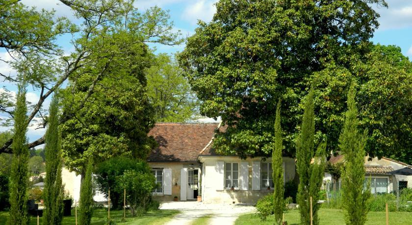 Chambres d'Hôtes L'Ostal de Pombonne-Chambres-d-Hotes-L-Ostal-de-Pombonne