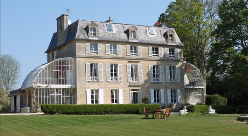 Chambres d'Hôtes Château de Damigny-Chambres-d-Hotes-Chateau-de-Damigny