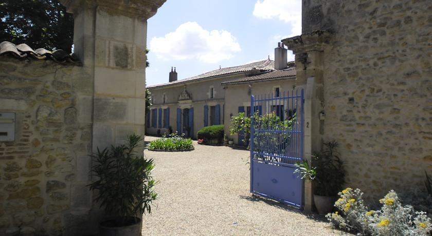 Chambres d'Hôtes La Sauvageonne-Chambres-d-Hotes-La-Sauvageonne
