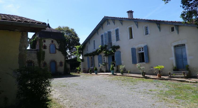 Chambres et Table d'Hôtes Capcazal de Pachïou-Chambres-et-Table-d-Hotes-Capcazal-de-Pachiou