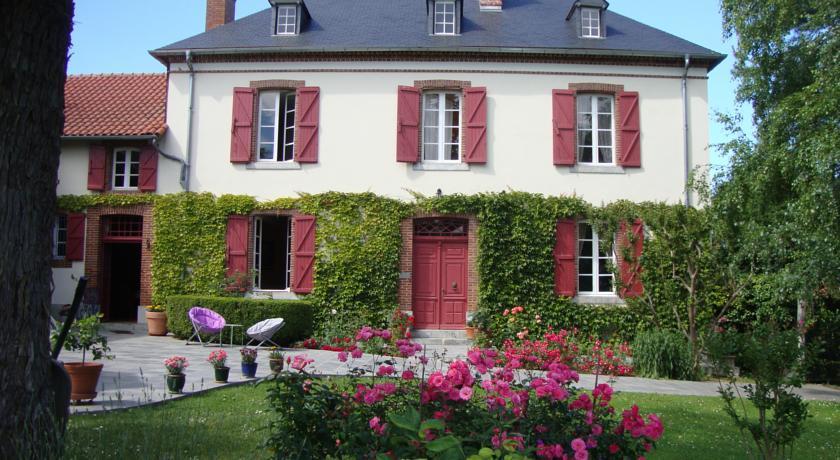 Chambres d'Hôtes La Buissiere-Chambres-d-Hotes-La-Buissiere
