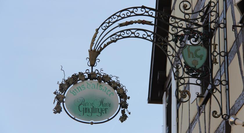 Le Hameau d'Eguisheim - chambres d'hôtes et gîtes-Le-Hameau-d-Eguisheim-chambres-d-hotes-et-gites