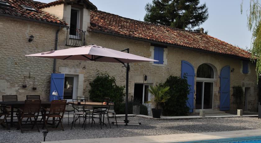 Chambres et Tables d'Hôtes La Grange Au Bois-Chambres-et-Tables-d-Hotes-La-Grange-Au-Bois