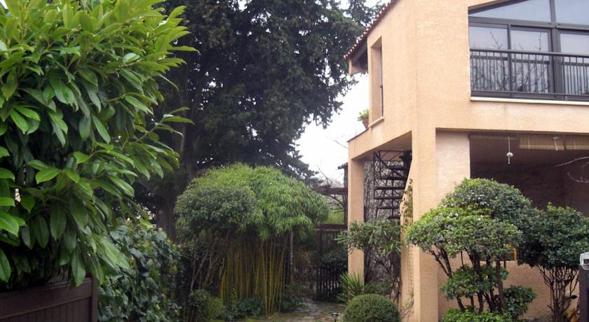 Chambres d'Hôtes Au Vieux Cyprès-Chambres-d-Hotes-Au-Vieux-Cypres