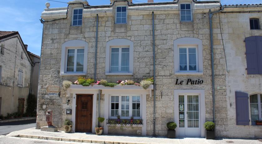 Le Patio Chambres et Tables d'Hôtes-Le-Patio-Chambres-et-Tables-d-Hotes