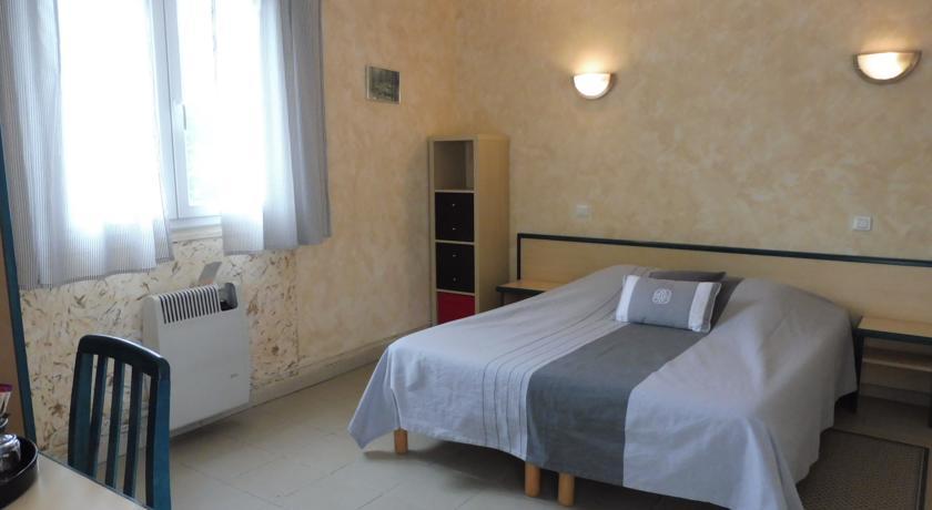Chambres d'Hôtes L'Orée des Bois-Chambres-d-Hotes-L-Oree-des-Bois